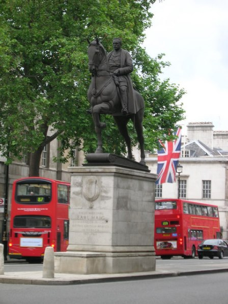 Earl Haig Memorial Whitehall, London Alfred Hardiman, 1936 photo by R. Sones from Wikimedia Commons by Creative Commons Attribution-ShareAlike 2.0 license