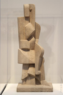 Seated Figure Jacques Lipchitz, 1917 Limestone The Art Institute of Chicage photo courtesy of